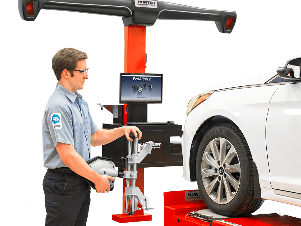 technician uses Proalign alignment system