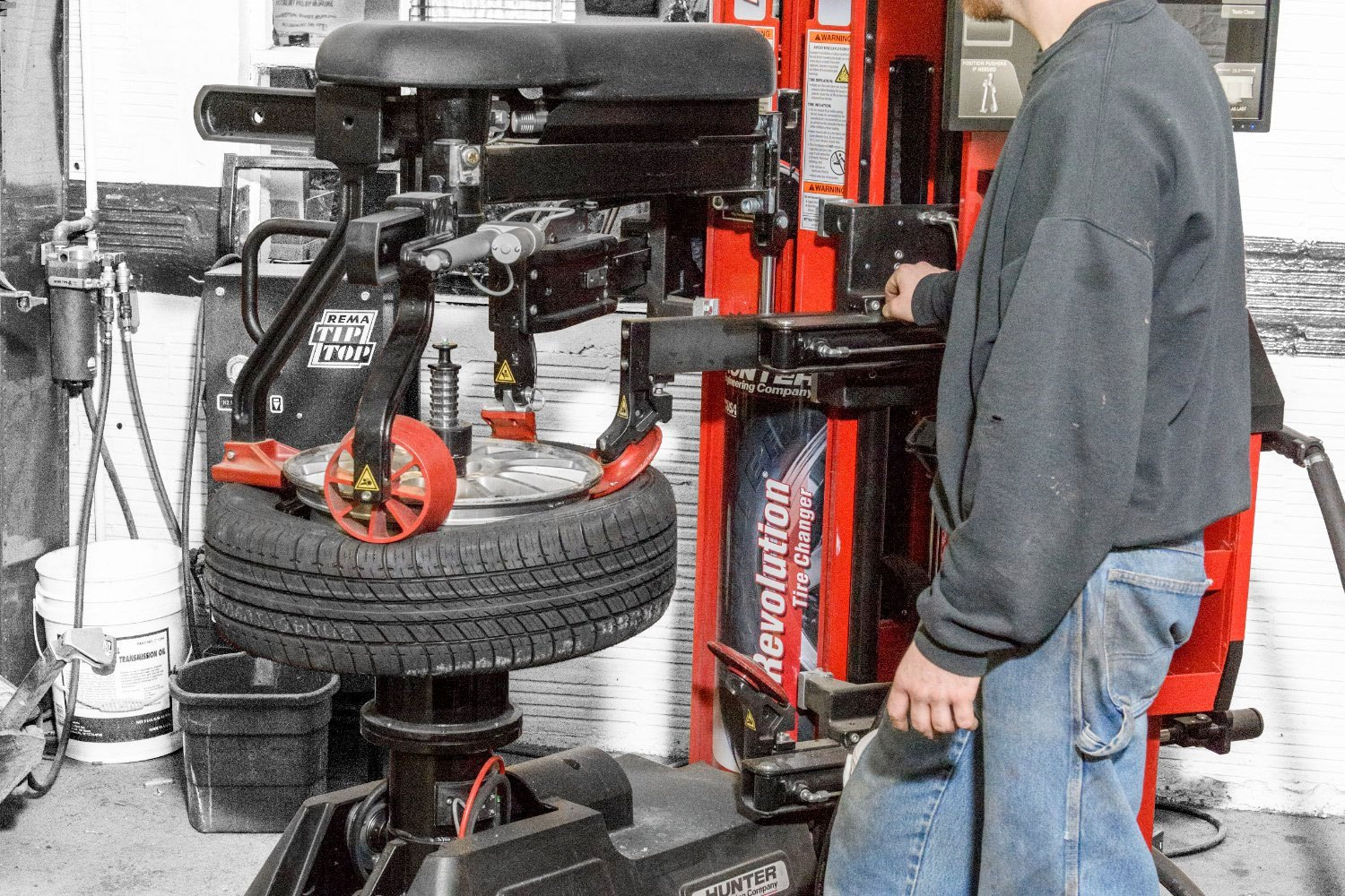 Revolution™ Tire Changer used at local auto shop